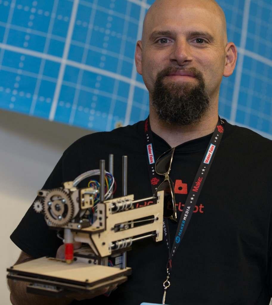 Brook Drumm - właściciel i założyciel Printrbota Źródło: www.printrbot.com