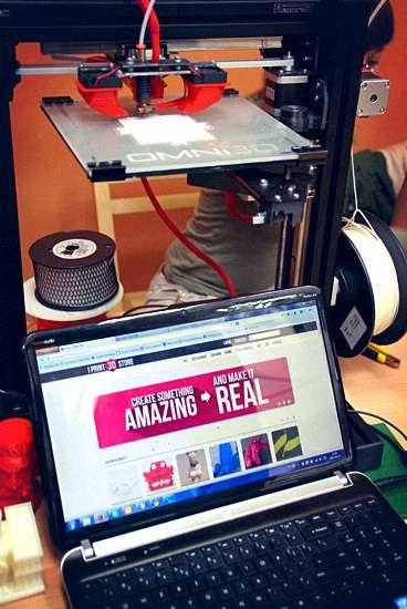I Print 3D Store i RapCraft 1.3 pracujący w tle