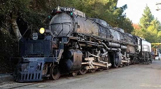 Oryginalna lokomotywa 4-8-8-4 Big Boy Źródło: www.makerbot.com