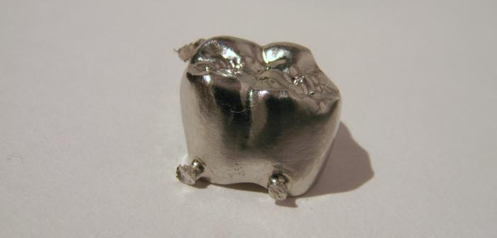 Korona frezowana z metalu