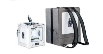 Ultimaker-2-Go-backpack-1