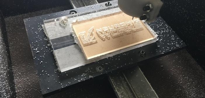 Unikalne Super tania, studencka frezarka CNC próbuje swojego szczęścia na GV06