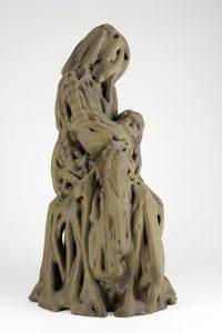 clay-3dprint-francesco-pacelli-wasproject_Robotic-woman-nursing-a-baby_ceramics_1