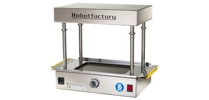 robot-factory-combines-3d-printing-with-3d-forming-thermoformer-for-desktop-mold-making-2
