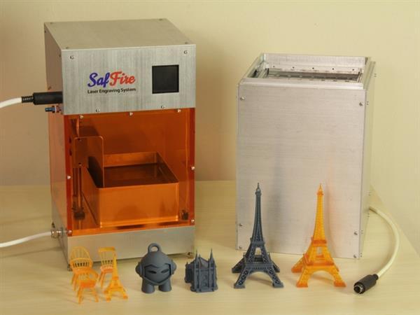 1095-saffire-combines-sla-3d-printing-laser-engraving-1